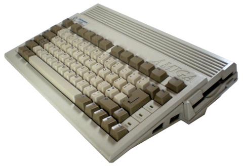 Amiga 600 - foto: Wikipedia